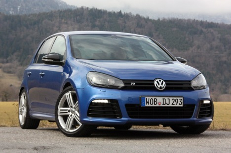 03-2012-volkswagen-golf-r