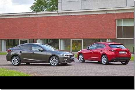 2014-Mazda3-Sedan-13[2]