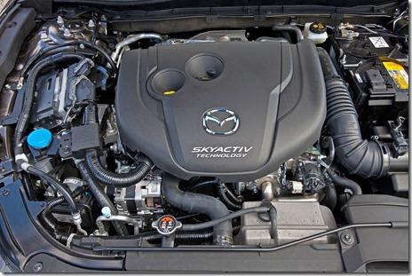 2014-Mazda3-Sedan-35[2]