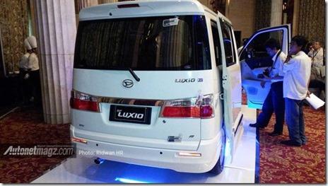 Daihatsu_New_Luxio_2014_tampak_belakang-630x354
