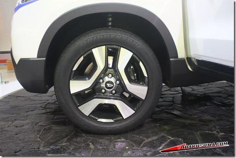 2014 Daihatsu SUV Concept 04