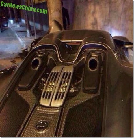 porsche 918 spyder crash 04