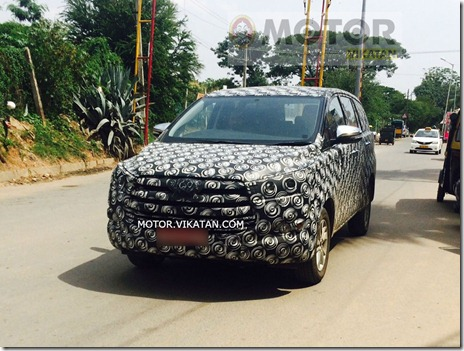 spyshot toyota innova in india 01