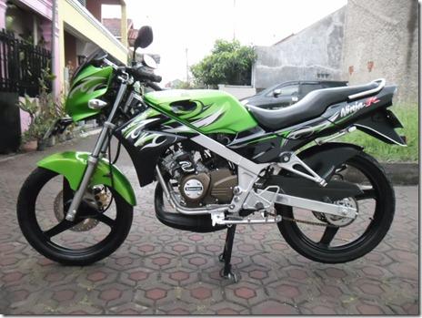 Motor-Kawasaki-Ninja-150-discontinue