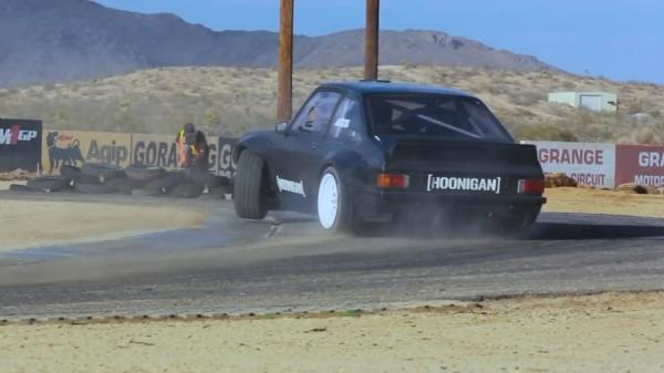 hooningan-ford-escort-mk2-back