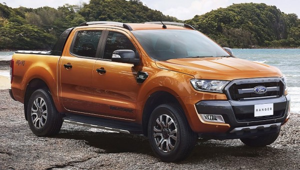 2015-Ford-Ranger-Wildtrak-front