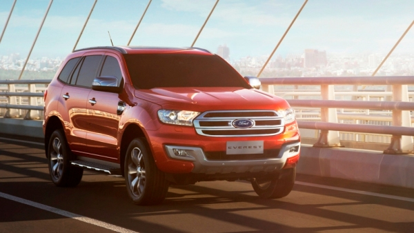 Ford-Everest-2015-front