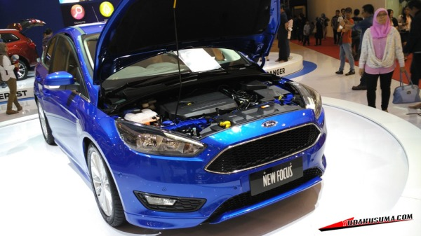 ford-focus-s-1.5-ecoboost-2015-front