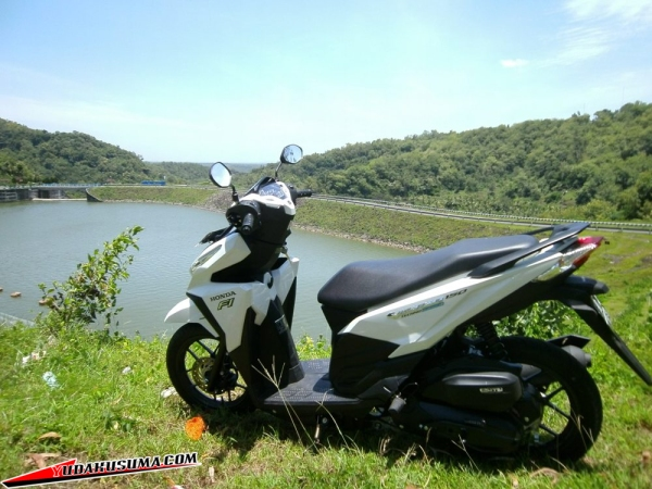 honda-vario-125-15-review-back
