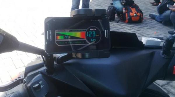 motor-listrik-gesits-speedometer-android